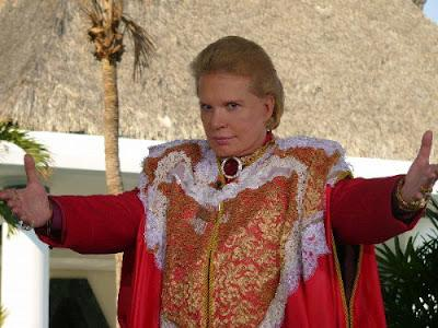 "Walter Mercado Confirma: ""¡Soy Straight!"""
